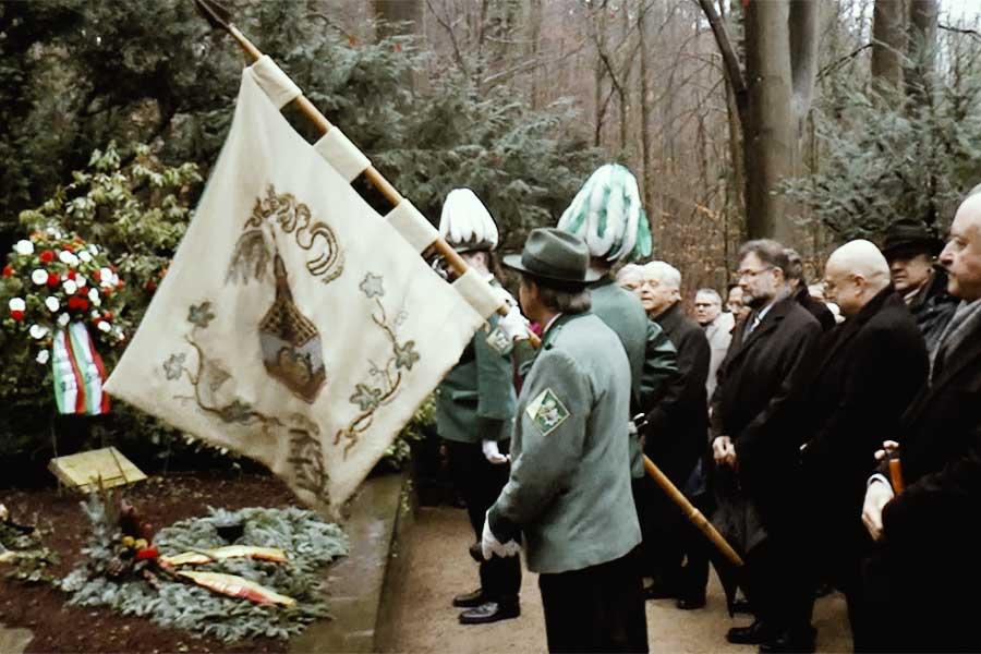 adenauer - 143. Geburtstag - Kranzniederlegung am Grab von Konrad Adenauer