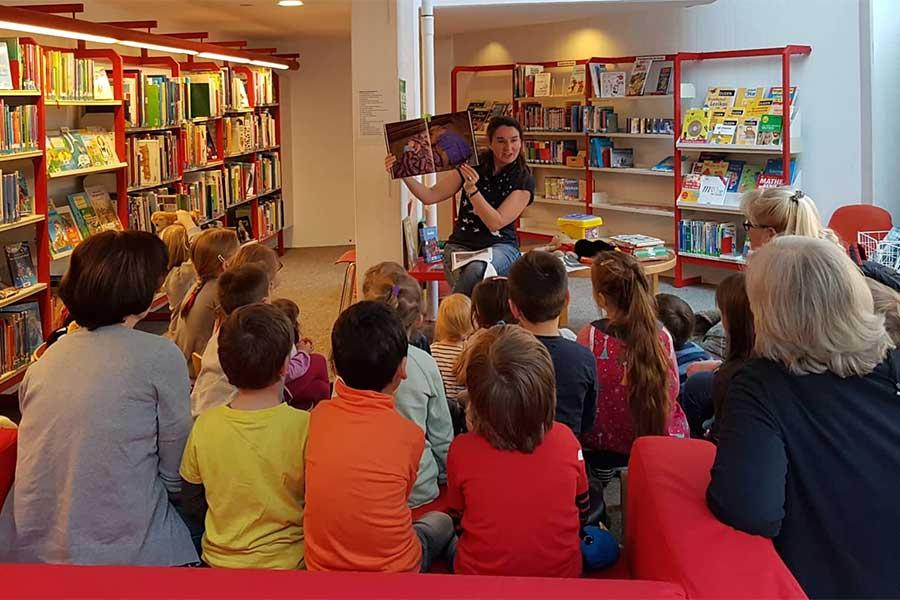 stadtbücherei - Bilderbuchkino in der Stadtbücherei