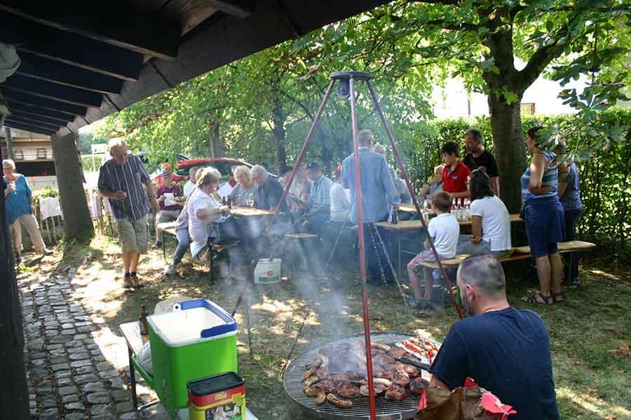 IMG 5971 - Außen- und Grilltemperatur stimmten beim Grillfest in Windhagen