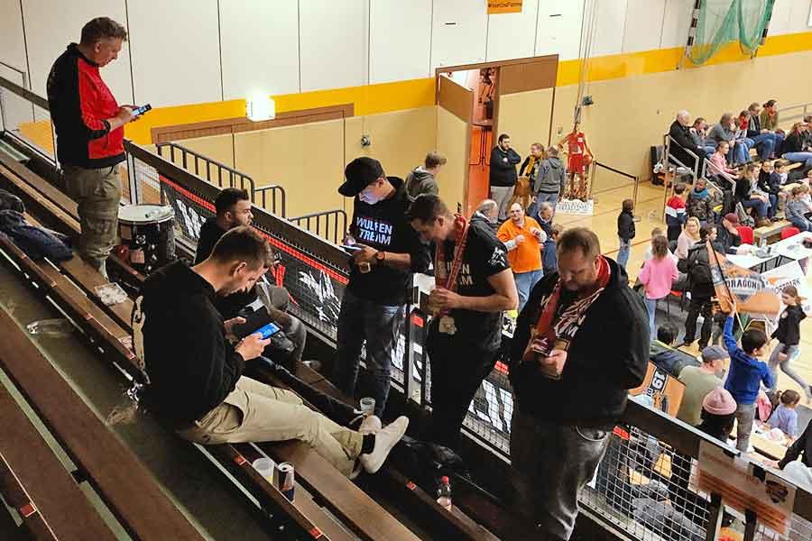 wulfen fans - Power-Dragons revanchieren sich mit Kantersieg gegen Wulfen