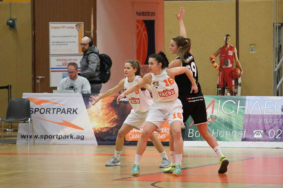 Dragonladies eggen Recklinghausen 9 - Dragonladies unterliegen Bochum 51:81