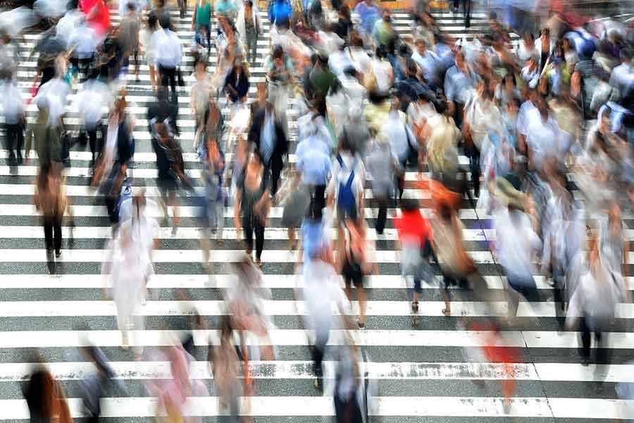 menschen - Über 600.000 Menschen wohnen im Kreis