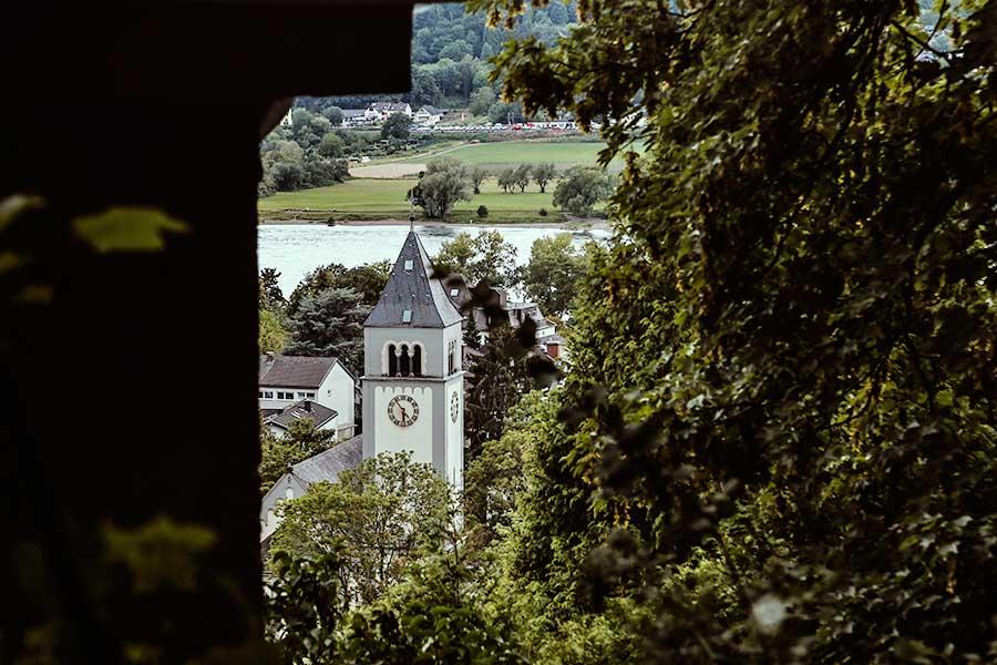 kirche Rhöndorf - SPD-Kreistagsfraktion auf der Suche nach den schönsten Orten